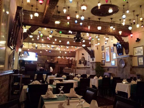 Antique Turquoise Restaurant : Great setting