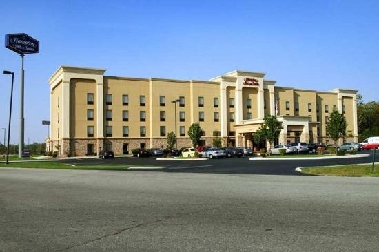 Hampton Inn & Suites Richmond: Exterior