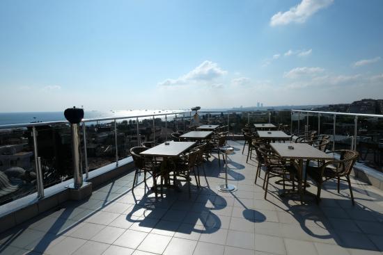 Sultan Palace Hotel: Frühstücksbereich auf der Dachterasse