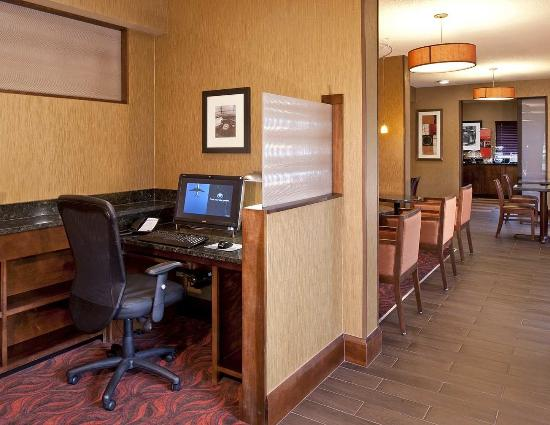 Hampton Inn Memphis Southaven: Business Center