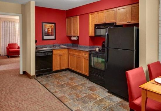 two bedroom suite entrance picture of residence inn