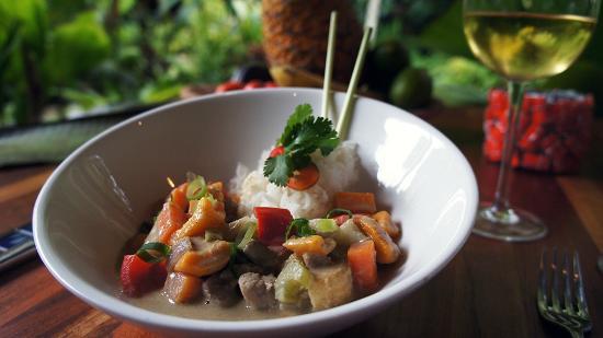 Monte Azul: Green curry