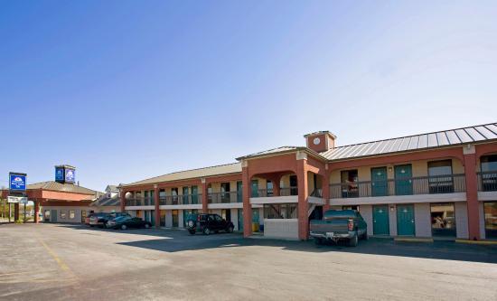 Legacy Inn