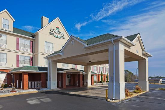 Country Inn & Suites By Carlson, Prattville: CountryInn&Suites Prattville  ExteriorDay