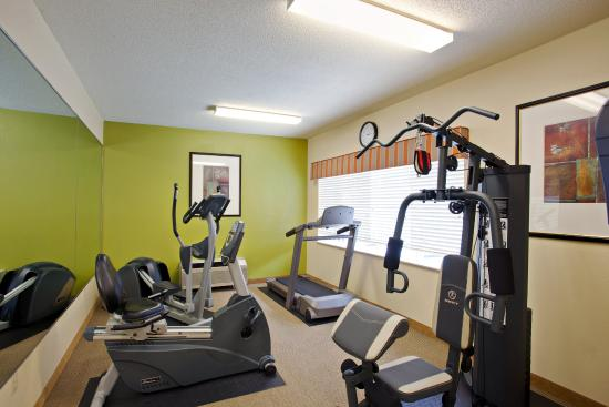 Country Inn & Suites By Carlson, Asheville at Biltmore Square Mall: CountryInn&Suites Asheville FitnessRoom