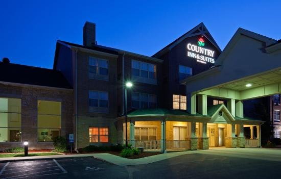 Country Inn & Suites By Carlson, Madison Southwest: CISMadison SWExterior Night