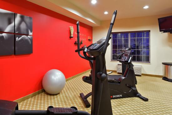 CountryInn&Suites Manteno  FitnessRoom