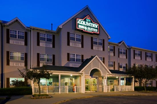 Dakota Dunes, Dakota do Sul: CountryInn&Suites DakotaDunes ExteriorNight