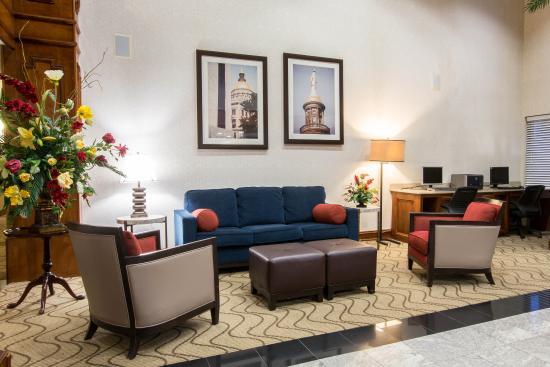 Comfort Suites : Lobby 1