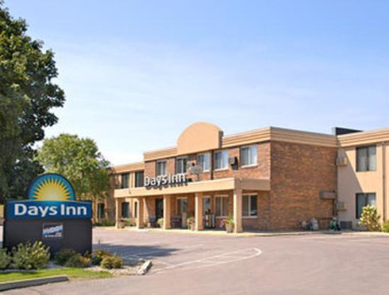 Welcome to the Days Inn Sioux Falls-Empire