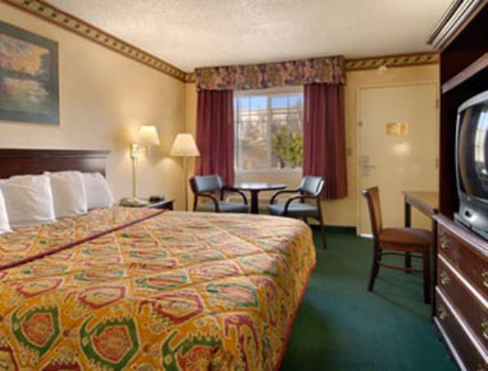 Photo of Marina Bay Inn & Suites Richmond
