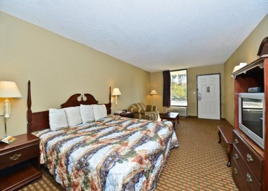 Oak Leaf Inn: guest room