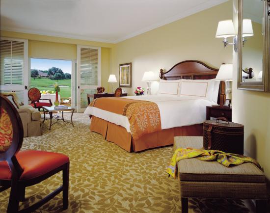 Four Seasons Resort and Club Dallas at Las Colinas: DCC Villa Room