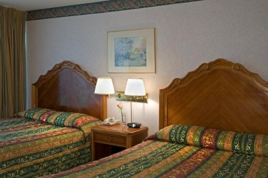 Valley Inn & Conference Center: Beds