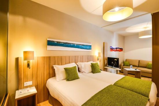 Quality Suites Lyon 7 Lodge : Chambre familiale