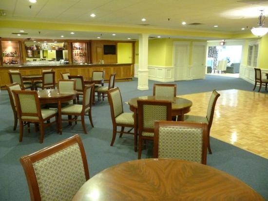 Seaport Inn And Marina Commodore Room
