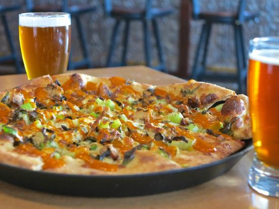 Stormcloud Brewing Company: Pizza of the Day