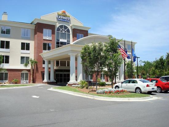 Photo of Holiday Inn Express Charleston North North Charleston
