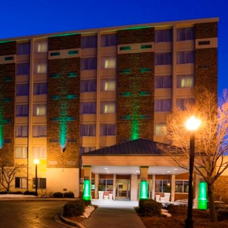 Riverwalk Hotel Downtown Neenah