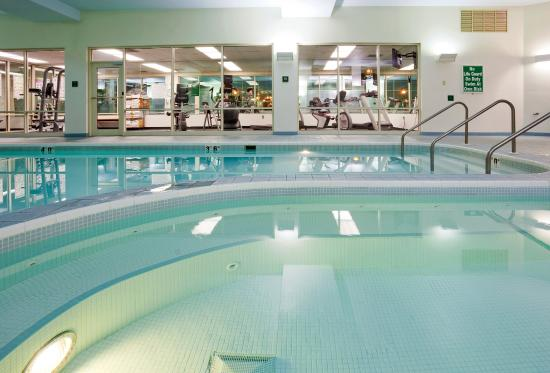 Riverwalk Hotel Downtown Neenah Updated 2017 Prices Reviews