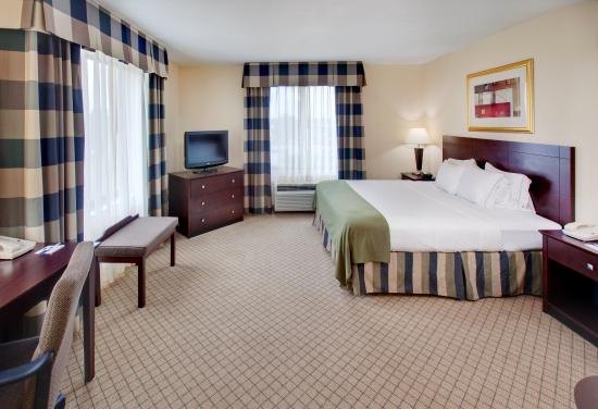 Holiday Inn Express Omaha Airport