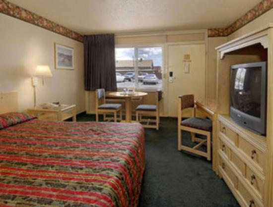 Photo of Howard Johnson Inn Flagstaff