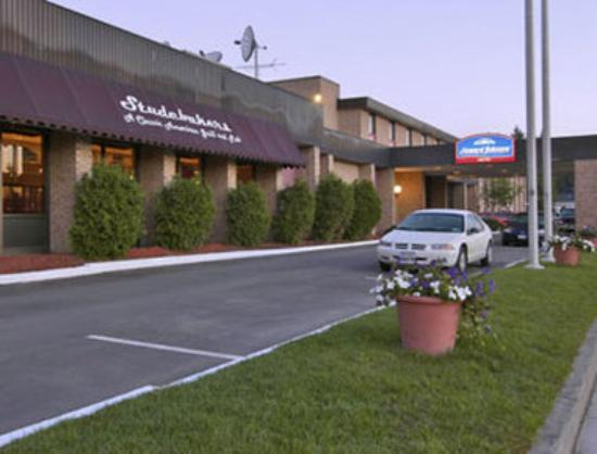 Howard Johnson Hotel - Norwich : Welcome to the Howard Johnson Hotel Norwich,  NY