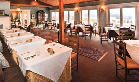 Lodge at Moosehead Lake: Dining Groups