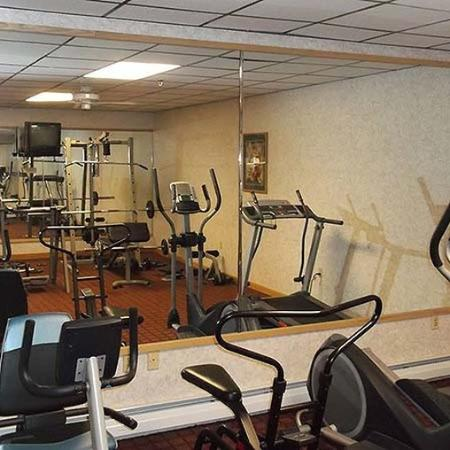 Crown Park Inn Caribou Gym