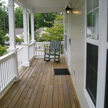 King's Creek Plantation Resort: Porch