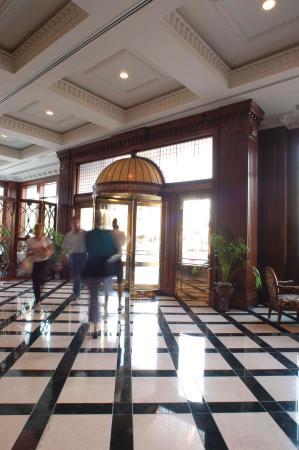 Lobby Entrance of Market Pavilion hotel