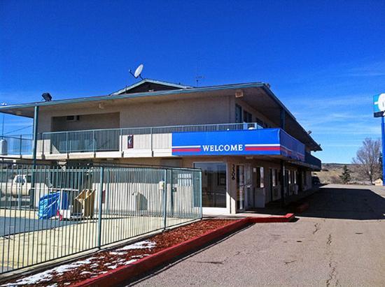 Motel 6 Gallup : MExterior
