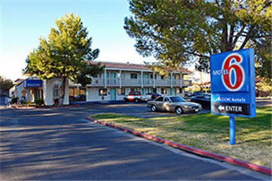 Photo of Motel 6 Barstow