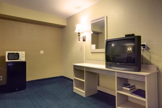 Americas Best Value Inn Enid: In Room Amenities