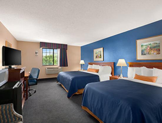 Days Inn Keene NH: Great Suite