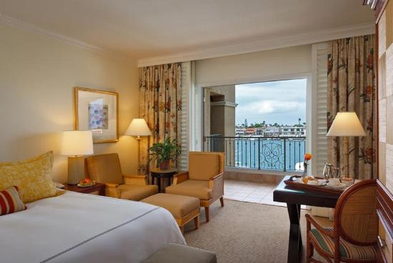 Balboa Bay Resort: Deluxe Bay View King