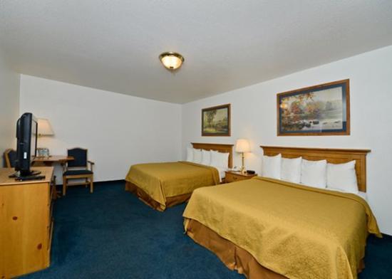 Roseburg, Oregón: two Queen beds