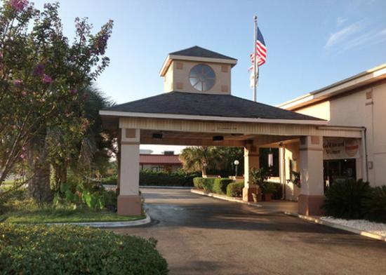 Quality Inn Goose Creek: Entrance