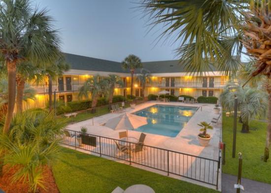 Quality Inn & Suites Georgetown : Qpool
