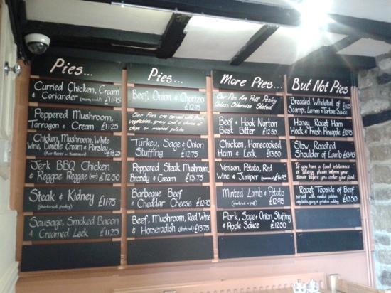 The Crown & Tuns Puddingface Country Kitchen: Pie Menu Boar