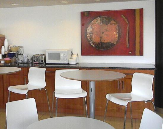 Rodeway Inn: Dining Area