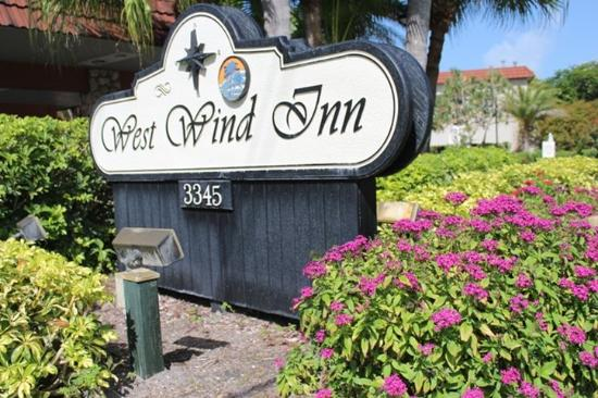 West Wind Inn Sign