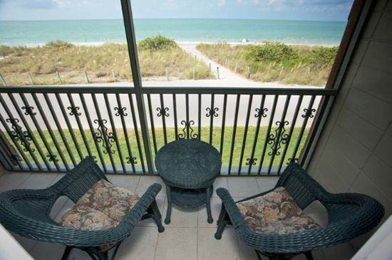 West Wind Inn Guestroom Balcony