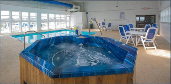 Holiday Inn Express Nags Head Oceanfront: Nags Head Inn Outer Banks Hotel Amenities Hottub