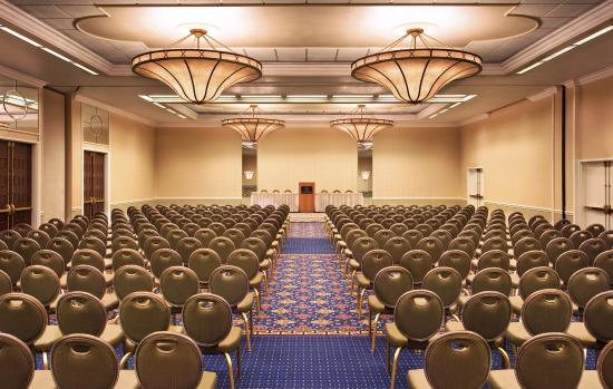 Sheraton Syracuse University Hotel & Conference Center: Regency Ballroom