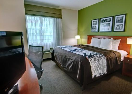 Sleep Inn & Suites: room1b