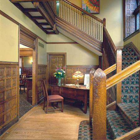 Inn on Ferry Street: Scott House - Reception Area