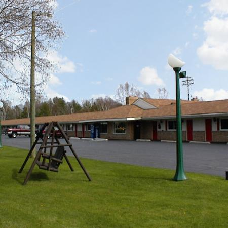 Photo of Budget Host Inn Manistique