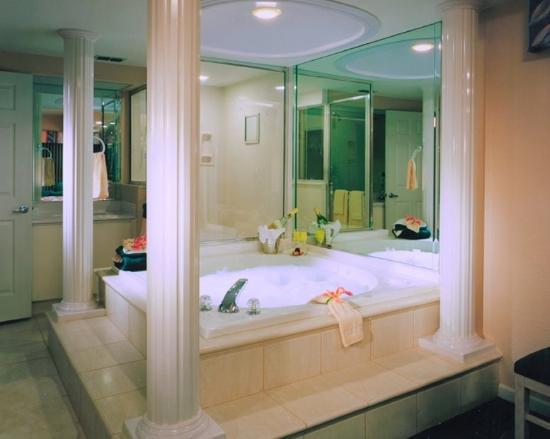 Westgate Town Center Resort & Spa: Bathroom