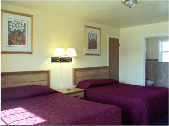 Budget Host Inn Vernon: Other Hotel Services/Amenities